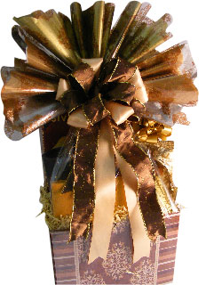 Gift basket with cellophane plumeplume