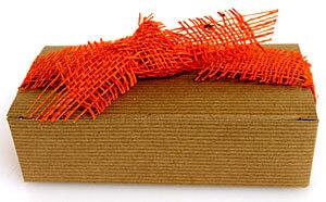 Burlap ribbon knot