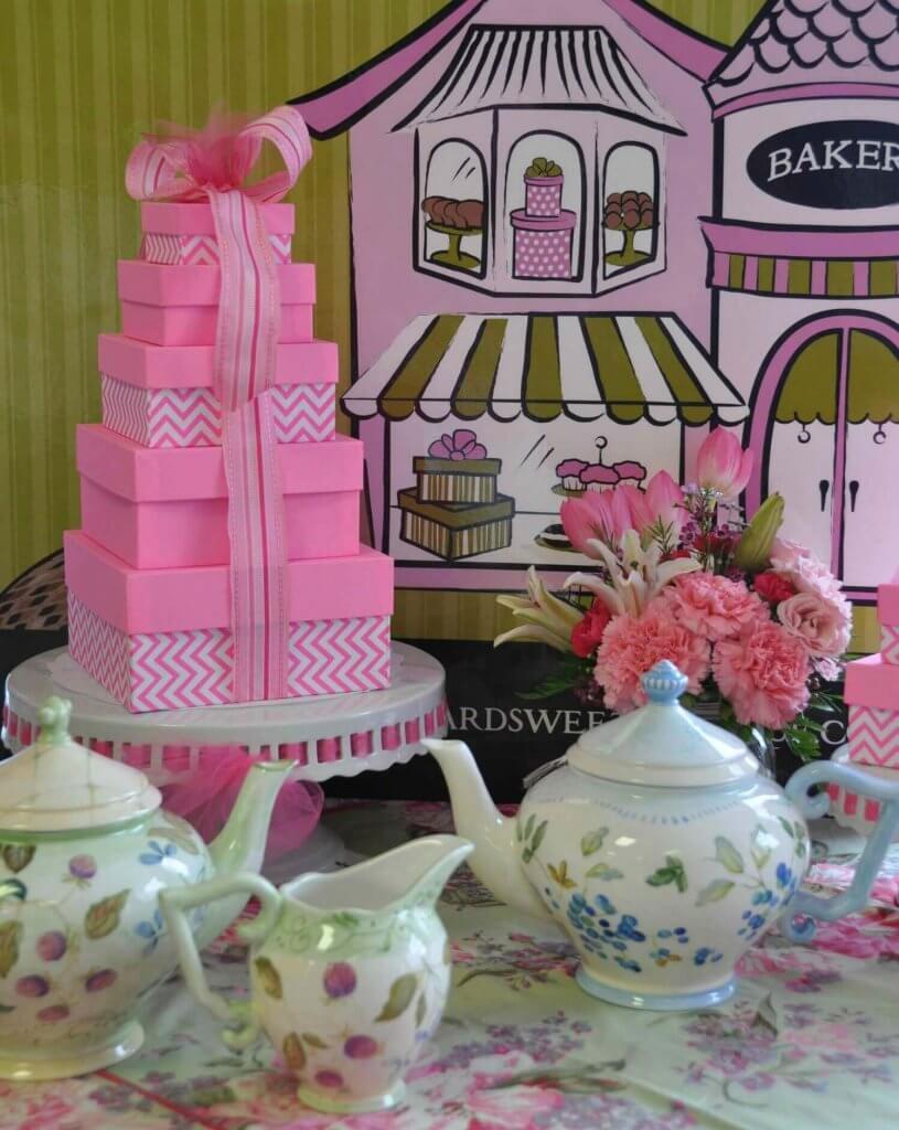 Harvard Sweet Boutique Centerpiece 4