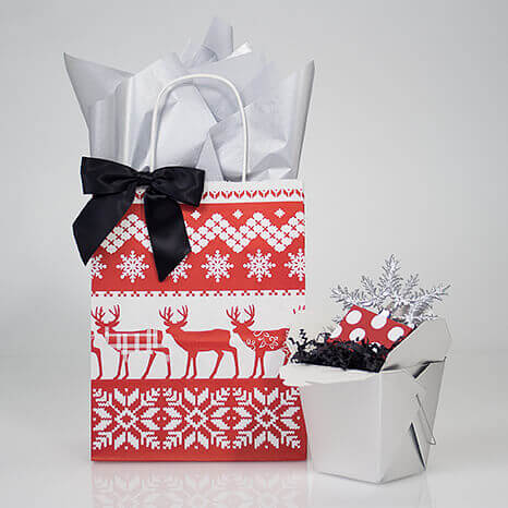 Takeout boxes for quick Christmas packaging