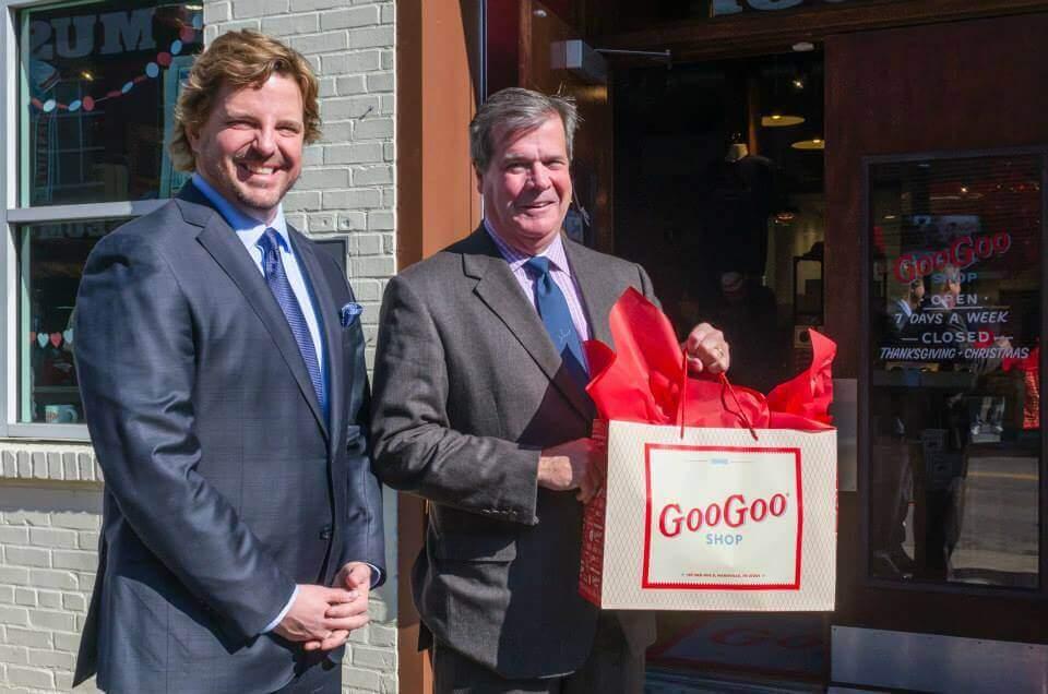 Goo Goo Shop Mayor Karl Dean