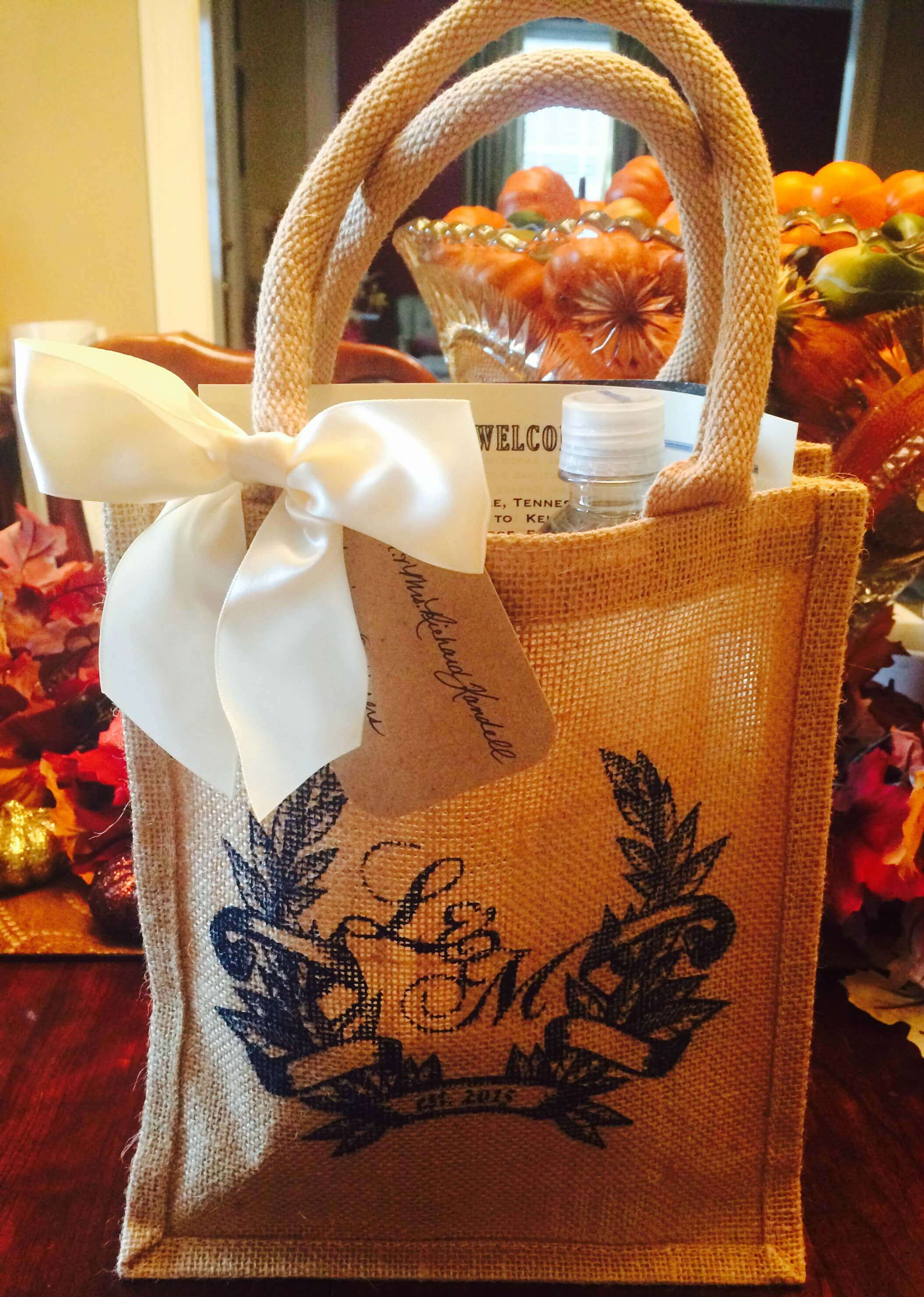 Surprise Your Wedding Guests with Custom Printed Gift Bags ...