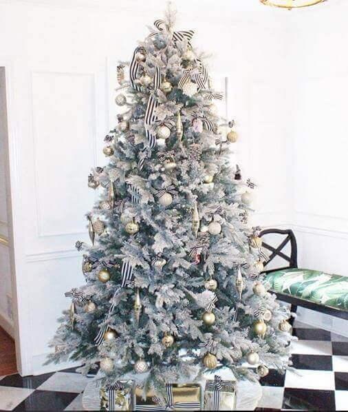 Christmas Tree Cabana