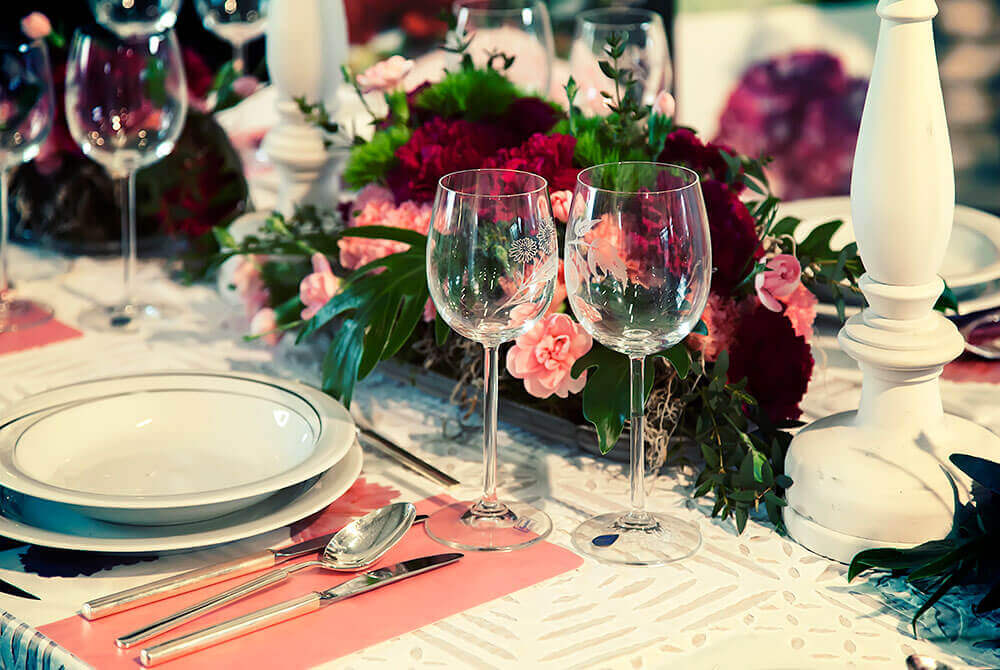 Rose gold wedding table design