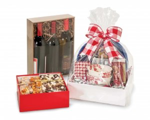 Square gift basket market trays from Nashville Wraps