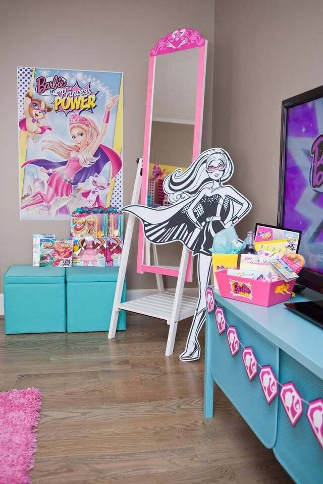 Anders Ruff Barbie Party